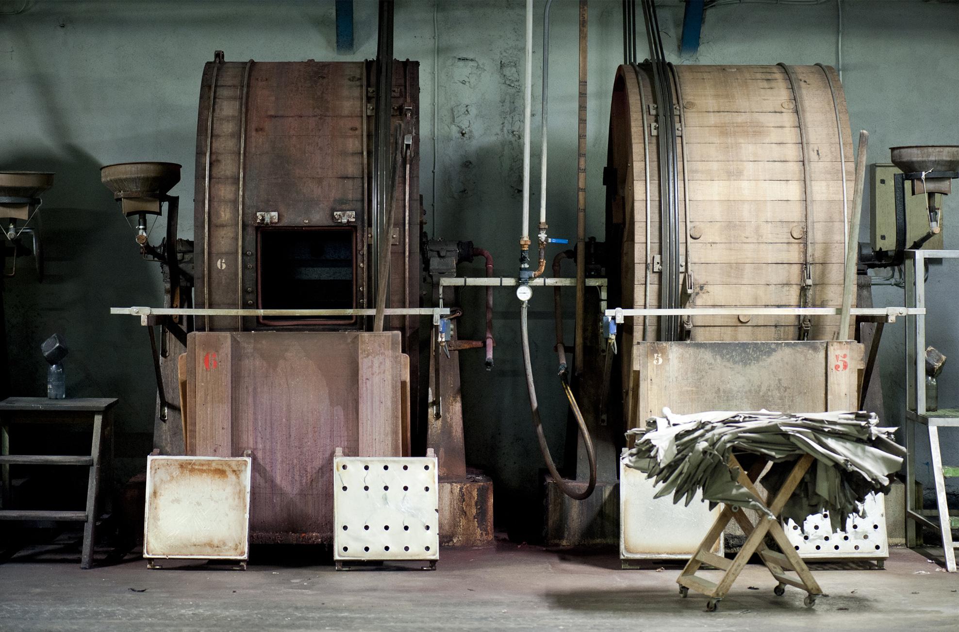 Tannerie Alric traitement nettoyage peaux cuirs Millau